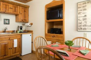 Sea Rock Inn Cottage 1 Kitchen and Dining Area