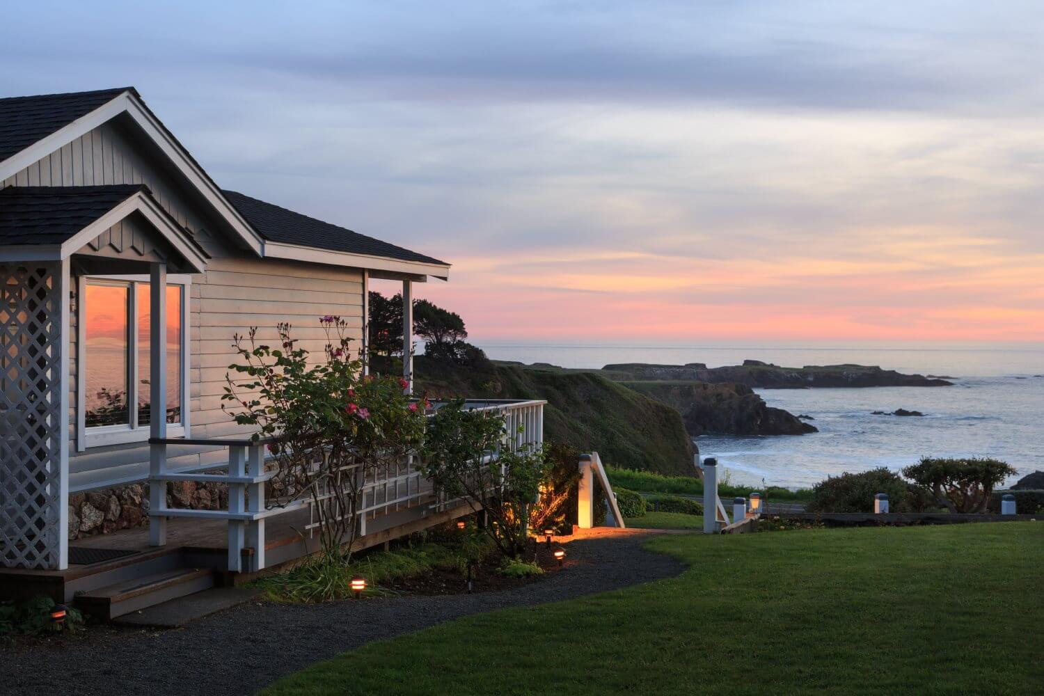Mendocino Bed And Breakfast Cottages
