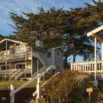Sea Rock Bed & Breakfast Inn and Cottages