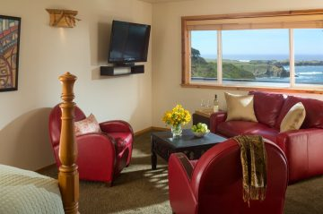Sea-Rock-Inn-Suite7-View of the living room area overlooking the ocean in the distance